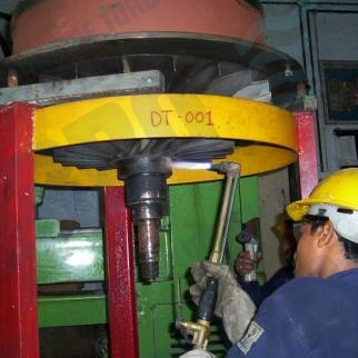 ABB VTR rotor assembly repair and reconditioning for power generation and marine industry Mumbai India workshop compressor wheel