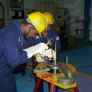 Mumbai India ABB VTR type turbine blade repairs and replacement following concentricity check and bare rotor balancing